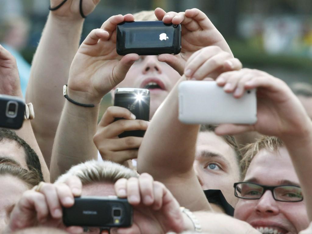 Photo of دوربین تلفن هوشمند یا دوربین کامپکت ؟