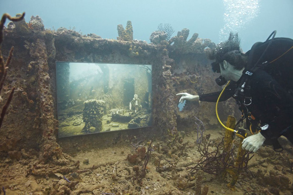 Photo of نمایشگاه عکس آندریاس فرانک در اعماق دریا